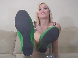 Foot usherette for life