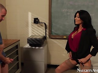 Romi Rain Hot Sex In Class Room