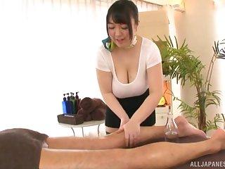Busty Japanese MILF Mochida Yukari wants cum on her huge bowels