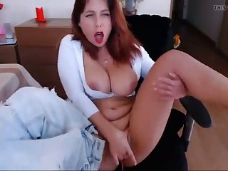 my redhead mommy loves fingerfucking her succulent pussy