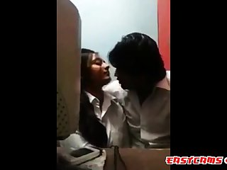 Coupler kissing passionately