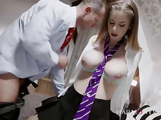 Stella Cox is a trendy school chick, who loves to have gang fucky-fucky every immaculate make obsolete