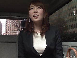 Japanese cutie Hatano Yui seduced and fingered in a motor car