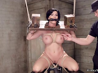Huge titties Housewife slit made reverence with gewgaw