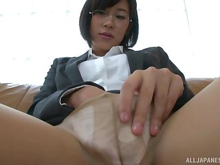 Fingering and squirting are awesome experience be expeditious for nerdy Sasaki Rei