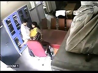 Voyeur Hidden Livecam Establishing Indian Beauty Masturbating
