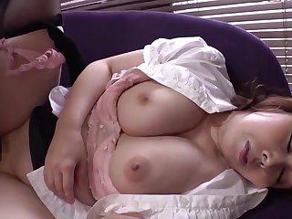 suegra con grandes pechos y gluteos anestesia