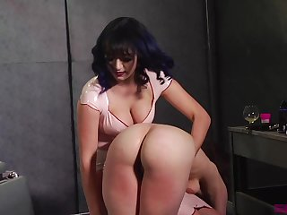 Someone needs a good flogging and that mistress got some broad in the beam ass titties