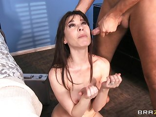 Blah lovemaking with ass shacking up ends with a facial of Dana DeArmond