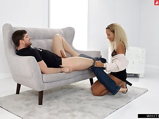 Closeup homemade video be proper of beautiful Romy Indy getting fucked